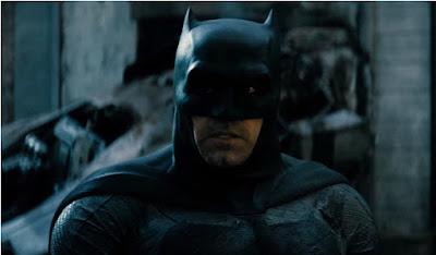 Suara Batman Terdengar Berat dan Serak