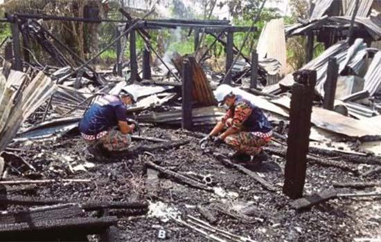 Perasaan anak tak mampu selamatkan bapa lumpuh dalam kebakaran