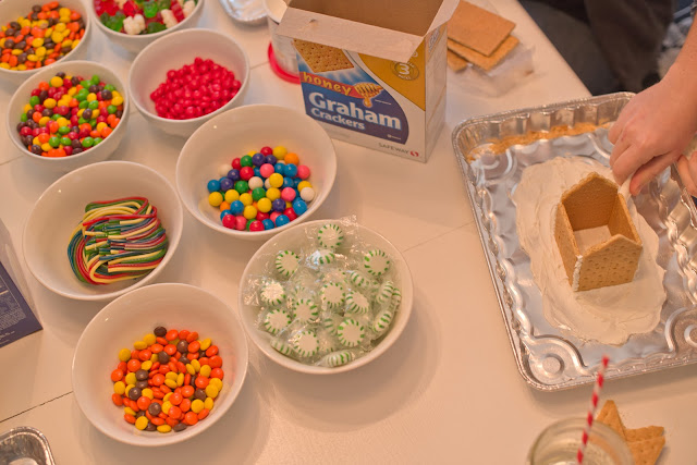 Gingerbread House Making Party