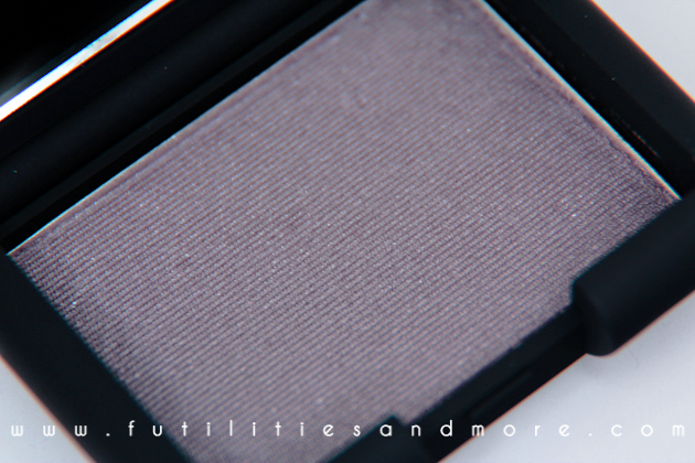 Nars Lhasa Eyeshadow - Review and Swatch