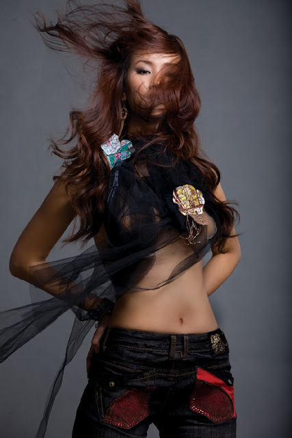 Maya Singer Nude Photos 26