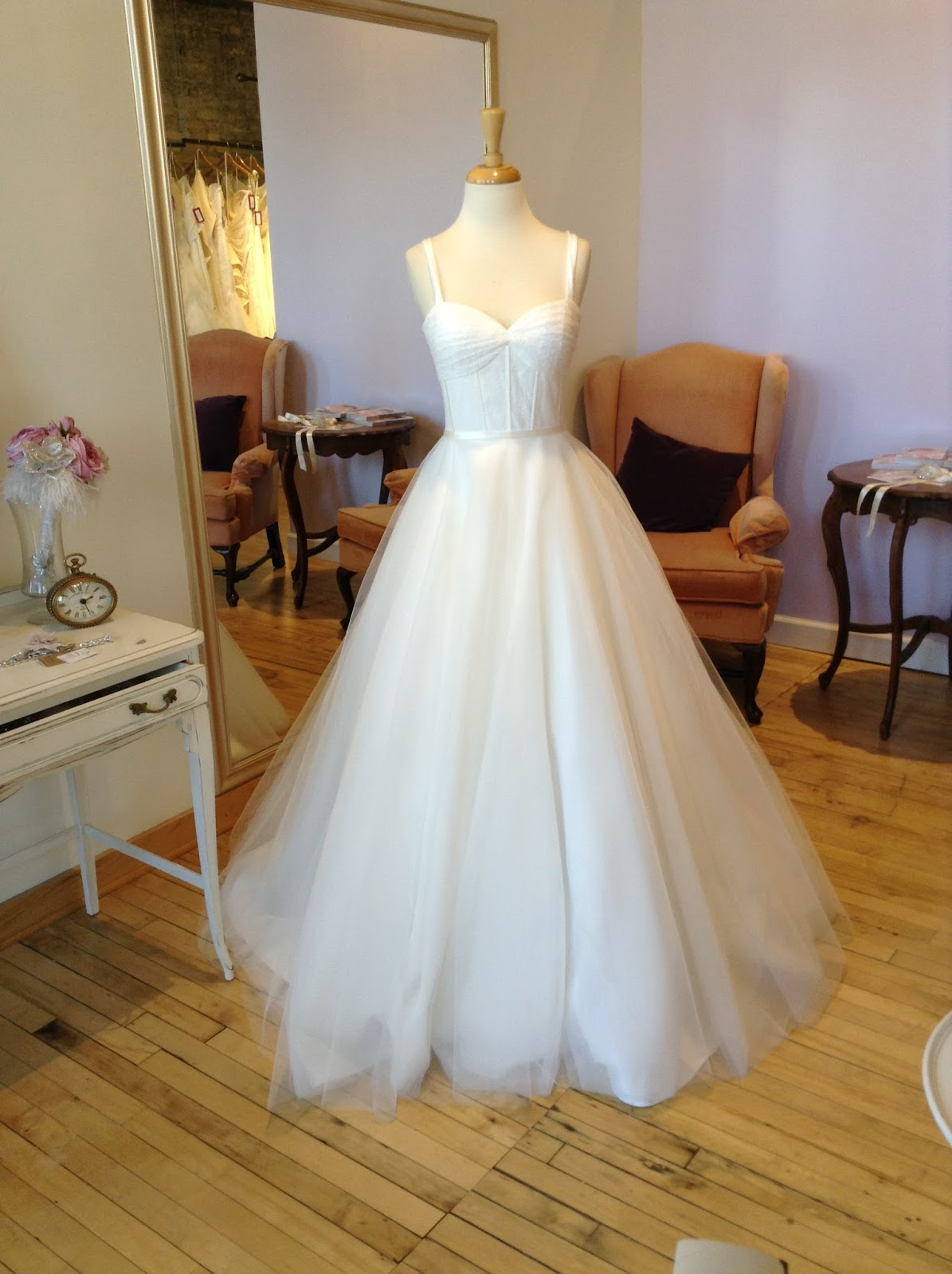 Miss Ruby Boutique: Bridal Gown of the Week: Robert Bullock Mila