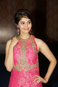 Surabhi glamorous photos in pink-thumbnail-2