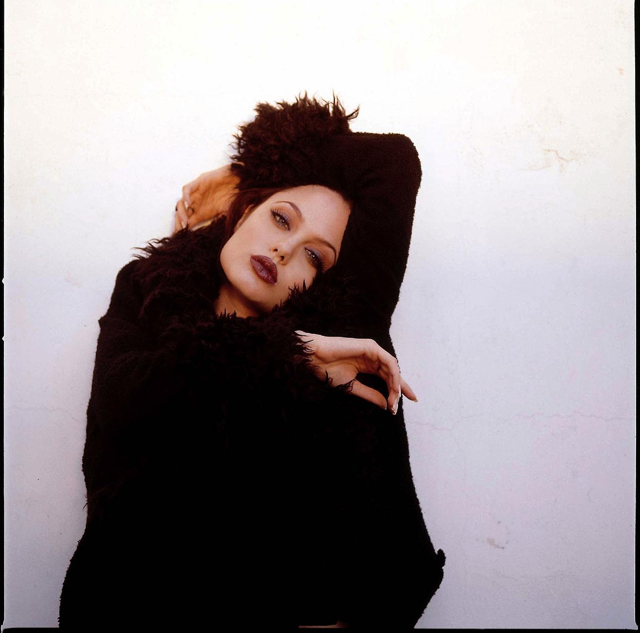 Fun Unlimited Hot Angelina Jolie In Black Dress
