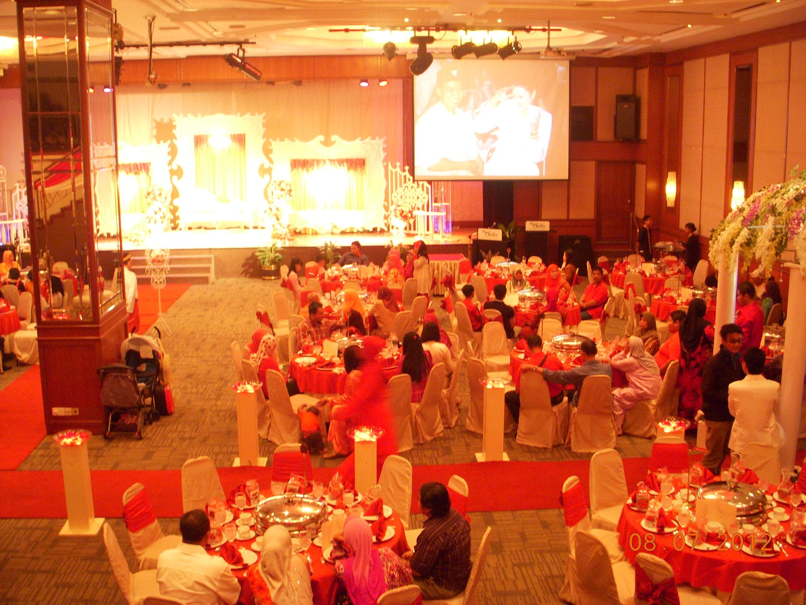 Crystal crown hotel petaling jaya before renovation tables reception junglespirit Choice Image