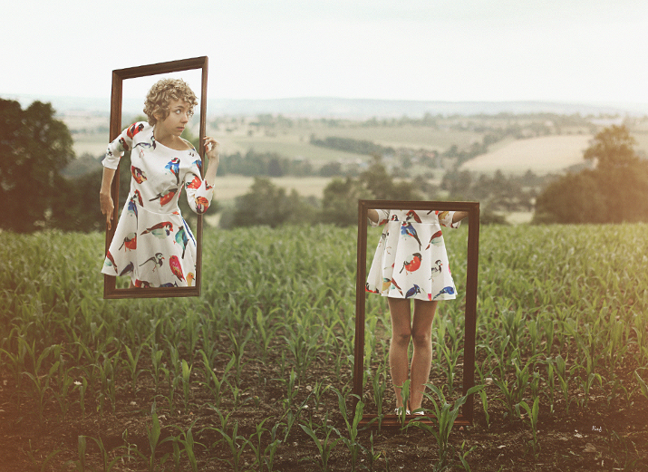 surrealist art photography by Knas, fashion blogger das sheep, outfit of the day
