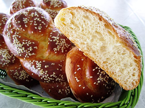 Choereg (Armenian Easter Bread) Recipes — Dishmaps