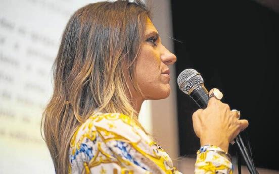 Advogada e Pastora Tais Amorim de Andrade Piccinini