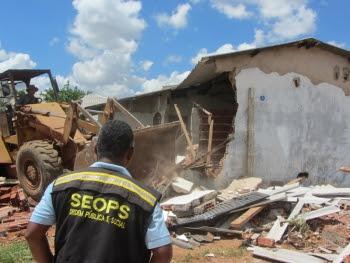Operações resultam na remoção de 22 construções irregulares