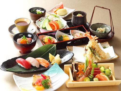 【彩虹座五星饗宴】台北福華大飯店-自助式下午茶雙人吃到飽餐券 優惠哪裡買