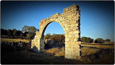 Arco de Santo Domingo - El Espinar