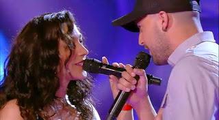 Belén y Rafa cantan Devuélveme la vida