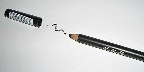 Lápiz de ojos Coal Mememe birchbox octubre