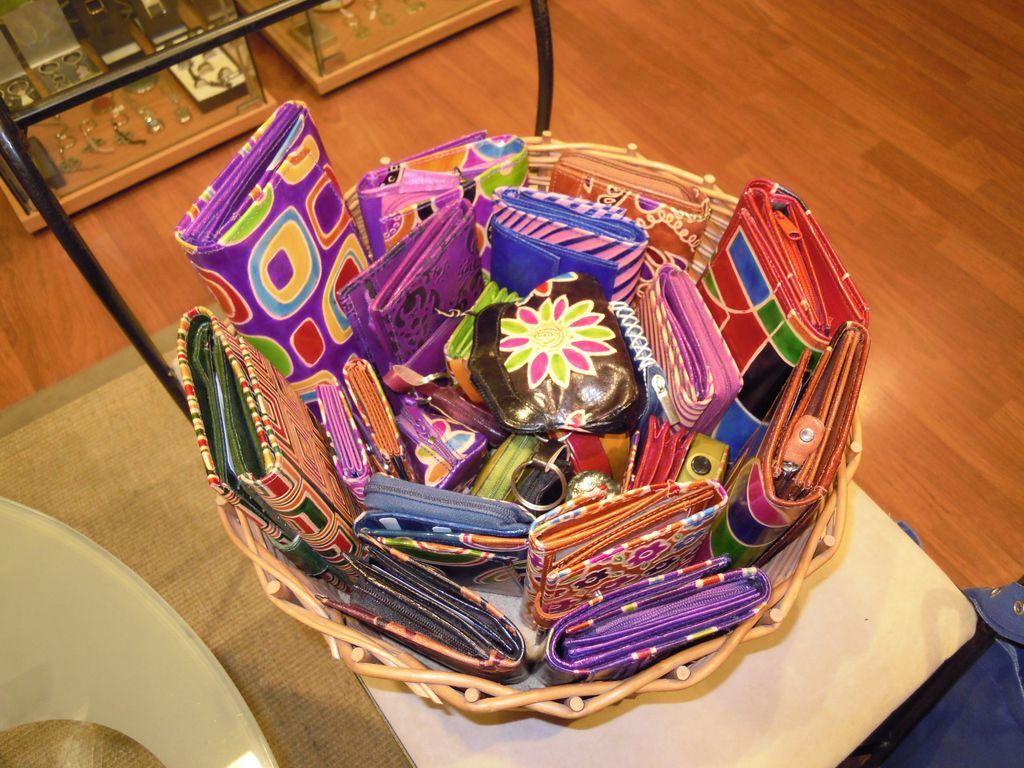 Carteras y joyeros regalos de artesania regalos - Artesania barcelona ...