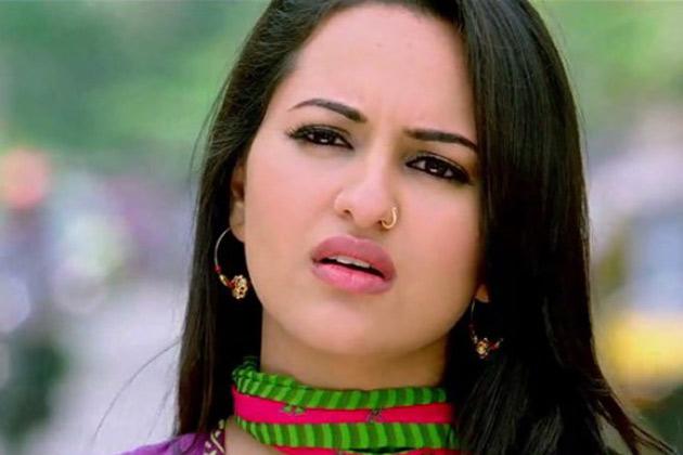 Desi Kalakaar (Full Video) Yo Yo Honey Singh, Sonakshi - Holiday and ...