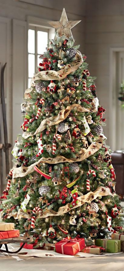 ♥ ♫ ♥ Christmas Tree ● Ski Cabin (or with this particular tree, anywhere), beautifully decorated. :) ♥ ♫ ♥