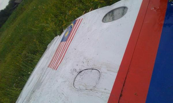 Puerta MH17 Malaysia Airlines