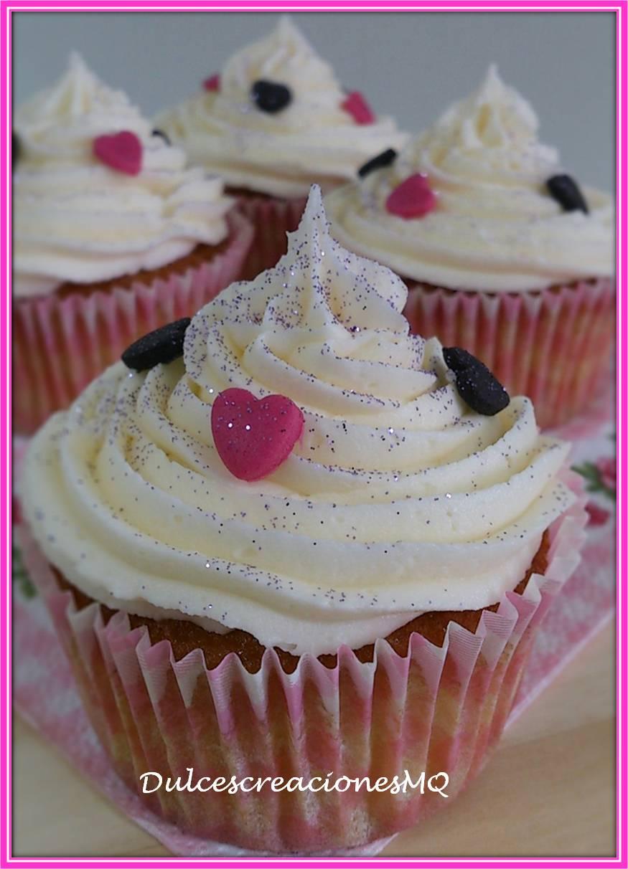 Cupcake Vainilla Crema Buttercream  Queso Mascarpone Niña Dulce Cumpleaños Monster High Divertido Fiesta Aniversario Fondant