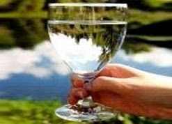 Egy pohár tiszta víz ma már kincset ér! Csapvíz vagy tisztított víz? - A döntés Tiéd!