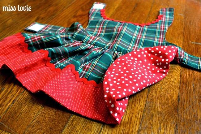 Miss Lovie: Easy Sew Dog Dress