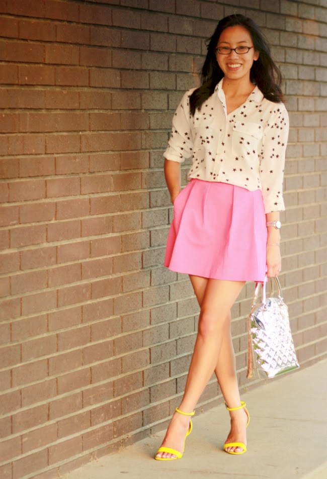 summer date outfit fun flirty girly bright