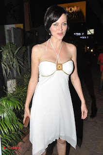 Yana Gupta  Pictures in White Dress at the Anuradha Sawhney Book Launch  0001