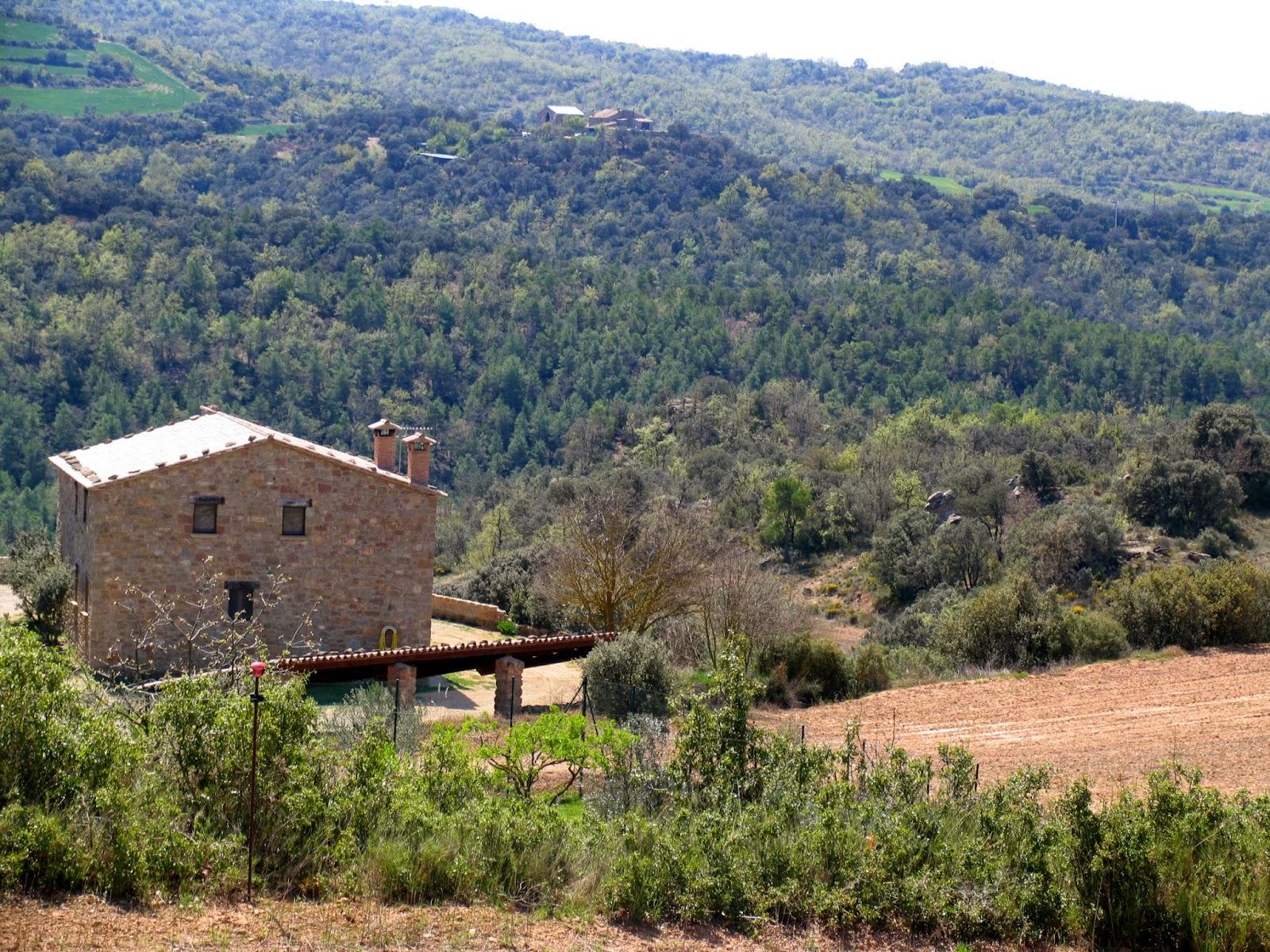 Ruralverd casa rural lloberola segarra 33209 for Casa rural catalunya piscina