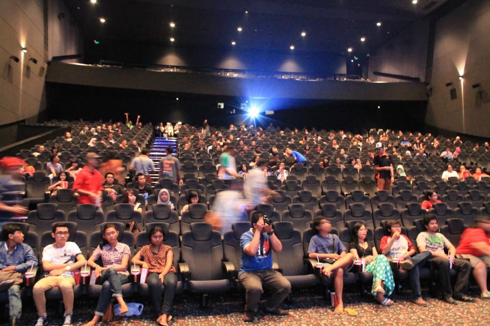 Moviegoers indonesia may 2013 blitzmegaplex grand indonesia reheart Gallery