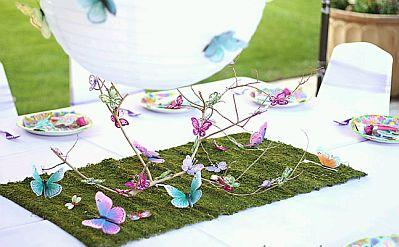 Centros de mesa para bodas con mariposas for Mariposas de decoracion para pared