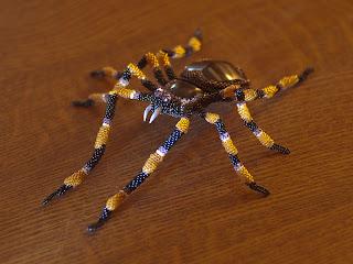Игрушка из бисера паук