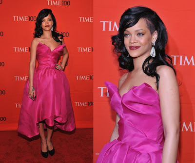 Swiss Collections Style.: Pretty in Pink: Rihanna & Tyra Banks GET ...