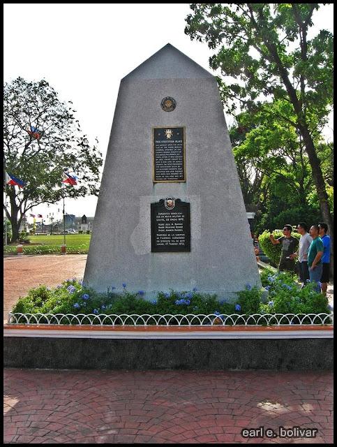 rizal gomburza Execution site of the gomburza in what is now rizal park, manila gomburza or gomburza refers to three filipino catholic priests (mariano gomez , josé burgos.