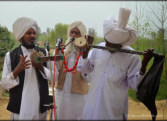 dafli, tumbi, algoza, Punjabi Folk, Music Instrument