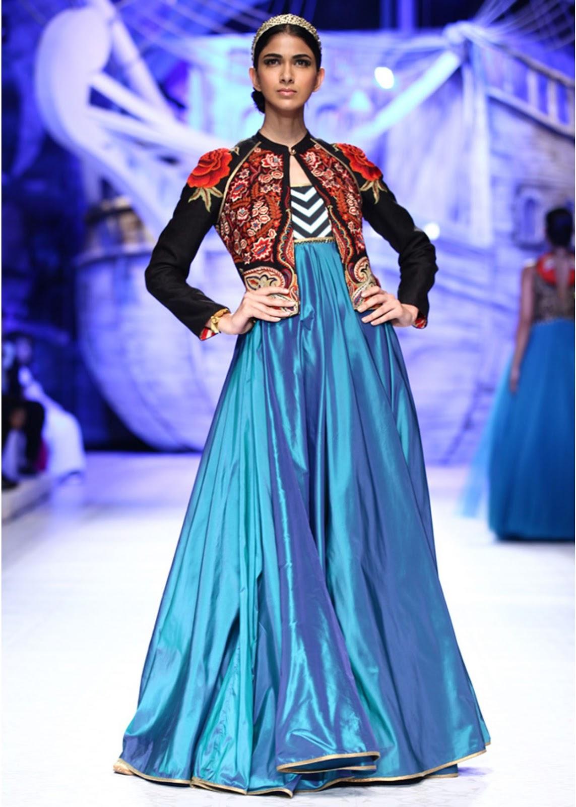 Modern Fashion: JJ Valaya Collection at PCJ Delhi Couture Week 2013