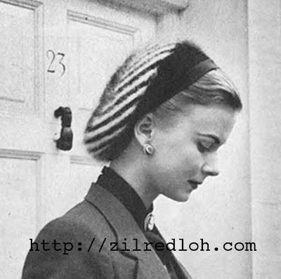 1940's Knitting pattern for a women's Zebra Striped Snood