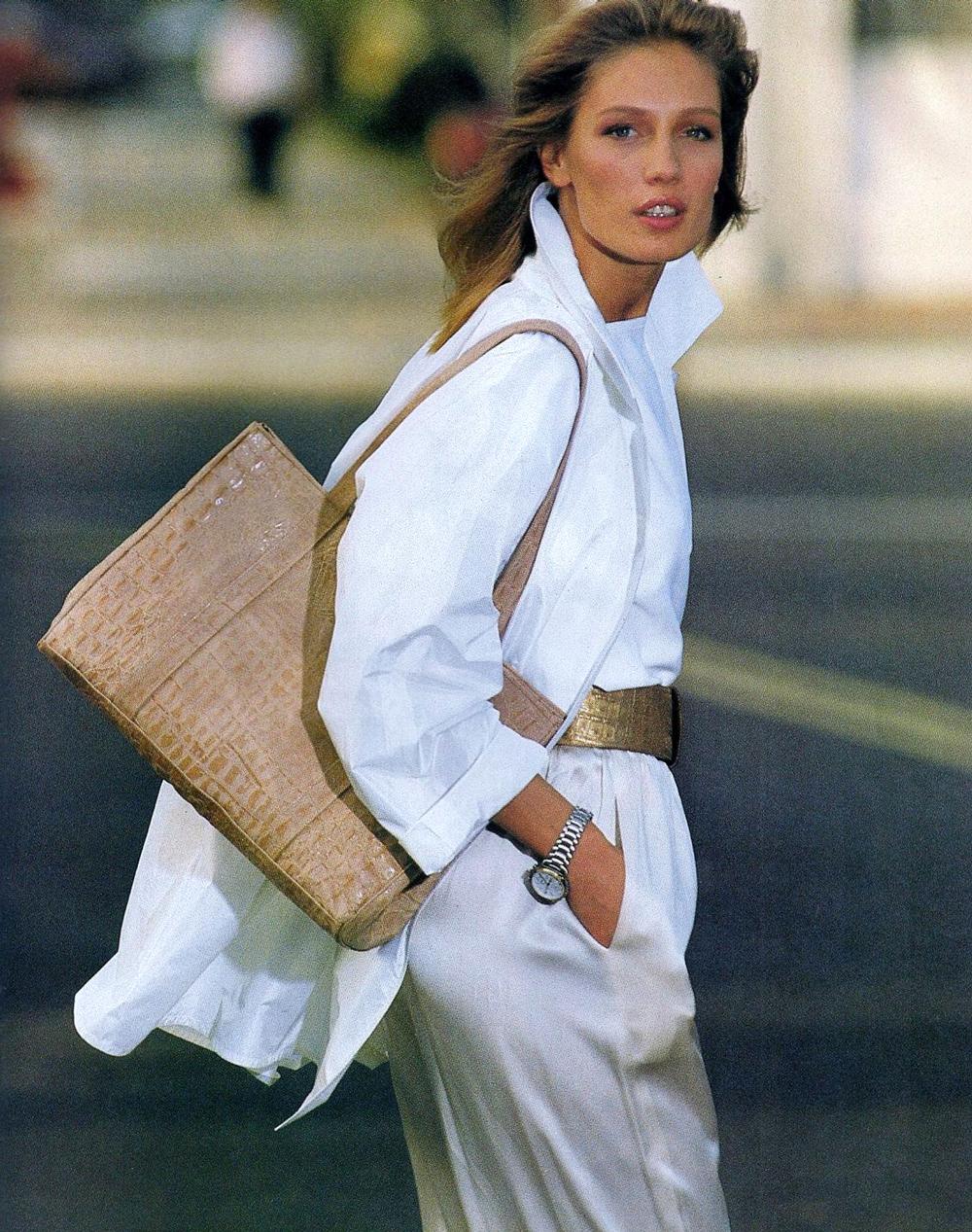 Elle France February 1987 / white shirt in fashion editorials / short history of white shirt / wardrobe essentials / via fashioned by love british fashion blog
