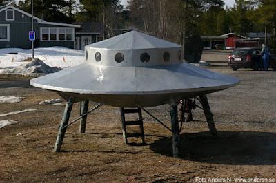 UFO Flygande tefat Flying saucer