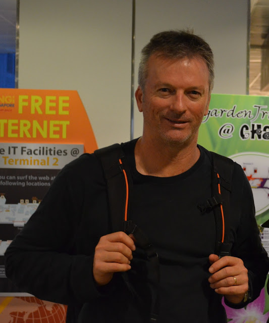 Steve Waugh at Changi Airport, Singapore