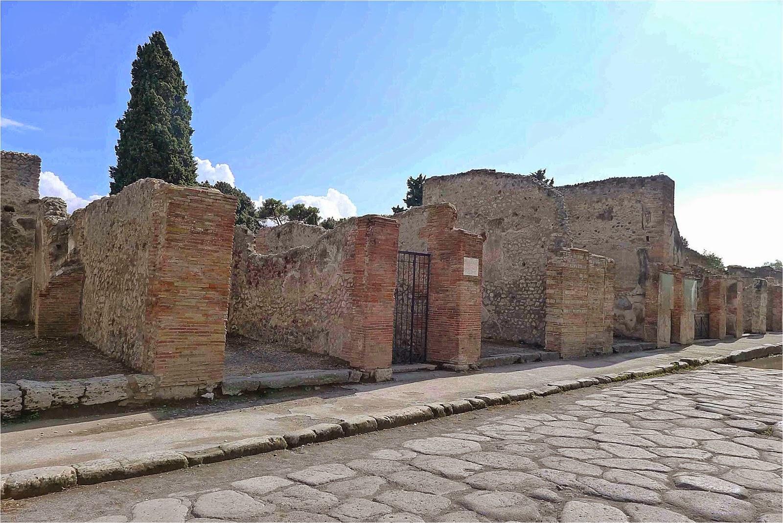 Pompeii Cardo