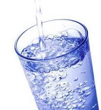 air putih, air, gelas, air minum, air keruh, manfaat air, air terjun, minuman, minuman berenergi
