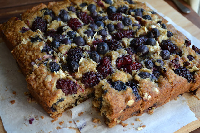 Blueberry-Blackberry Oat Cake recipe