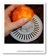 exprimir naranja
