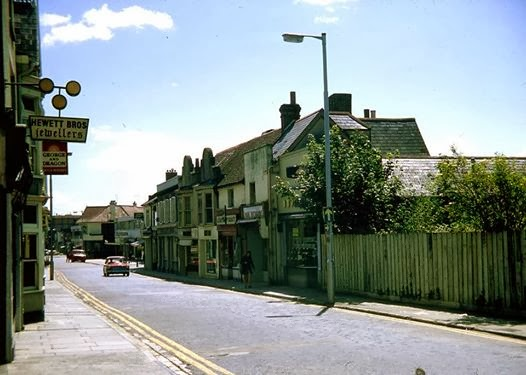 Looking down Cosham High Street in the 1970's