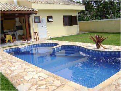 Casa com piscina bom demais aroma e artesanatos for Ver modelos de piscinas