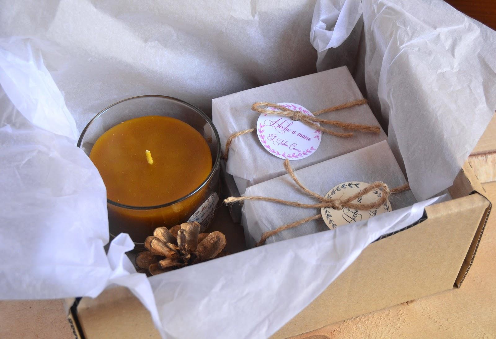 jabones y velas de miel regalos en navidad y dia de reyes with regalos caseros para navidad