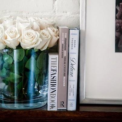 ανθέμιοflowers τριαντάφυλλα