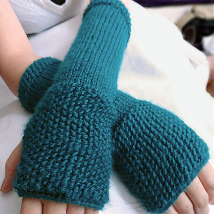Knit Fingerless Gloves Pattern : Seeded Fingerless Gloves Pattern - Purl Avenue