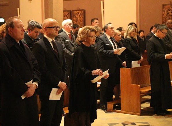 Queen Sonja Attended A Commemoration Service For The Victims Of The Terrorist Massacre In Paris