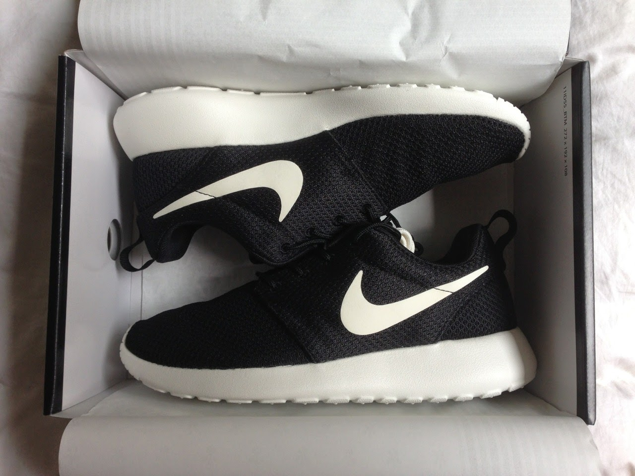 Nike Trainers Box Black White