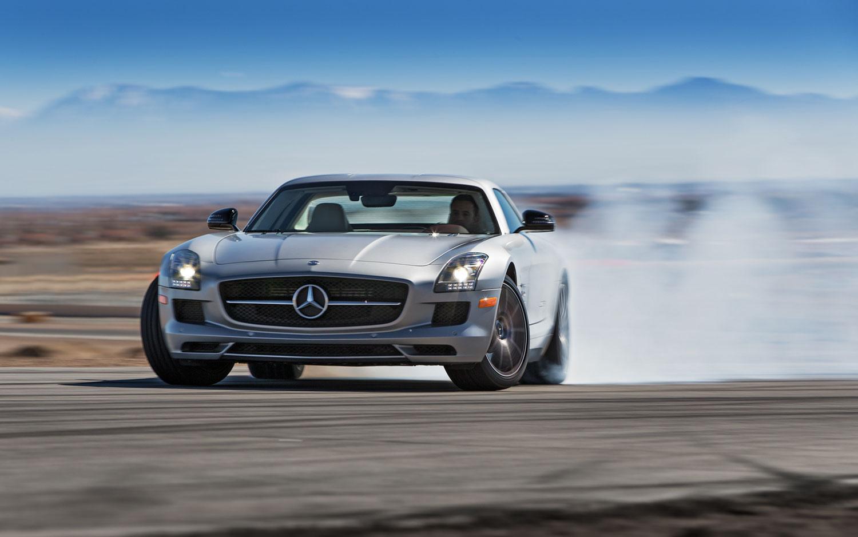 Cars model 2013 2014 2013 mercedes benz sls amg gt first test for Mercedes benz sls gt